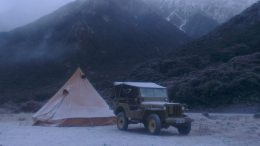 Photo by Bernard Shapiro; 1942 Willys MB, Bell Zelt, Arthurs Pass, -11 Celsius.