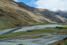 640px-Matukituki_River_West_Branch_and_Rob_Roy_Stream