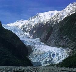 Franz Josef glacier by enuserdramatic - enImageFranzjosef_glacier_3.JPG.  httpscommons.wikimedia.orgwikiFileFranz_Josef_glacier.JPG#mediaFileFranz_Josef_glacier.JPG