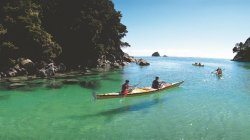 sea-kayak-with-wilsons-abel-tasman