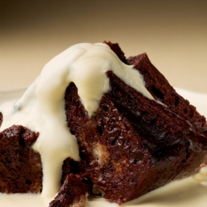 winter-chocolate-bread-and-butter-pudding